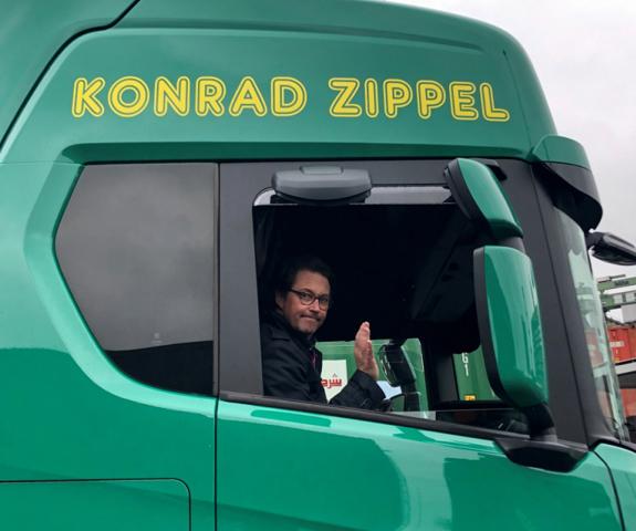 """""""Probefahrt zum Kanzleramt – mit dem LUIS-Abbiegeassistent im CNG-Scania-Lkw"""", Quelle: LUIS Technology"""